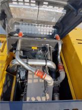 【发动机】原装进口康明斯发动机,国三排放标准,大功率,低油耗,高品质,维修保养方便。