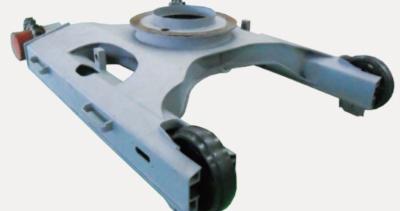 【坚固的上下车架】使用了三维的结构设计和有限元分析,对机身所承受的负荷进行模拟计算,应力集中区域达到最小化,从而实现合理的高强度结构。