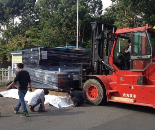 长阳路汽车吊出租大型机器设备吊装杨浦3吨叉车出租搬运租赁