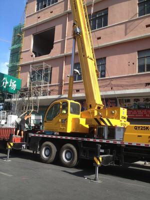 上海长宁区新华路汽车吊出租机器设备吊装凯旋路叉车出租装卸搬运