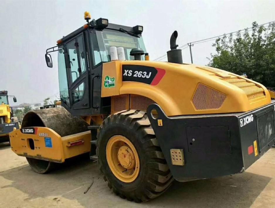 泗洪二手压路机市场|徐工、柳工单钢轮20吨、22吨、26吨振动压路机