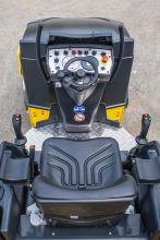 宝马格BW 120 AD-5轻型双钢轮压路机高清图 - 外观