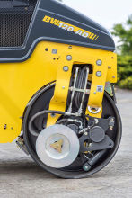 宝马格BW 120 AC-5轻型双钢轮压路机高清图 - 外观