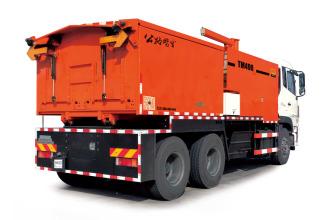 英达科技TM490大容量沥青路面养护车高清图 - 外观