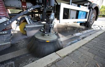 英达科技SW6安全智能清扫车高清图 - 外观