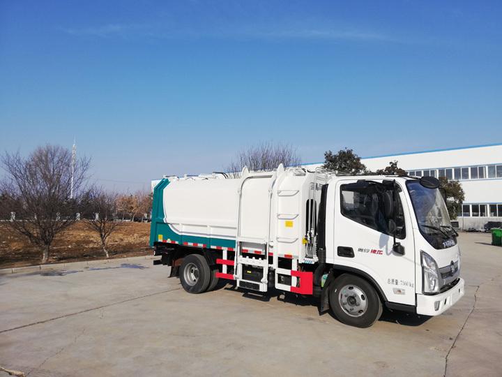 同辉汽车QTH5046ZZZ福田9方国六侧装挂桶式垃圾车